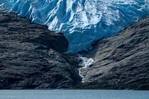 Gletscherzunge mit 180 mm aufgenommen